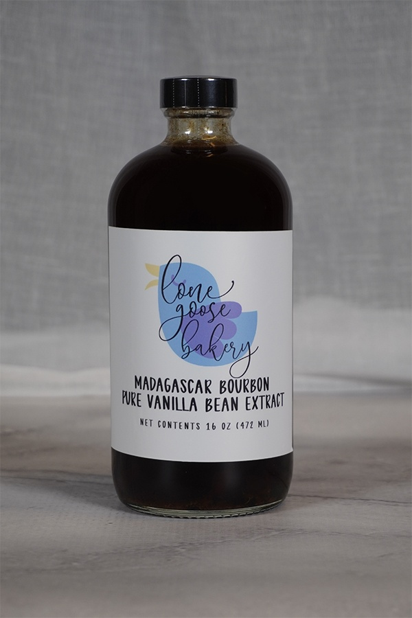 aging color of vanilla extract
